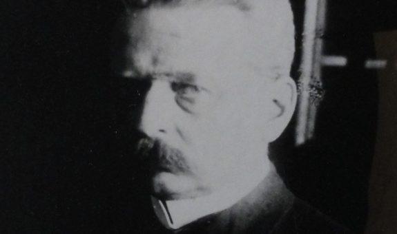 Sylwetki – gen. prof. Zdzisław Dmochowski  (4)